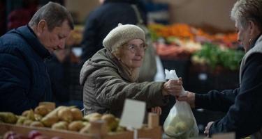 Rohamosan öregszik a budapesti népesség