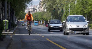 Teljesen üresek Budapesten a biciklisávok